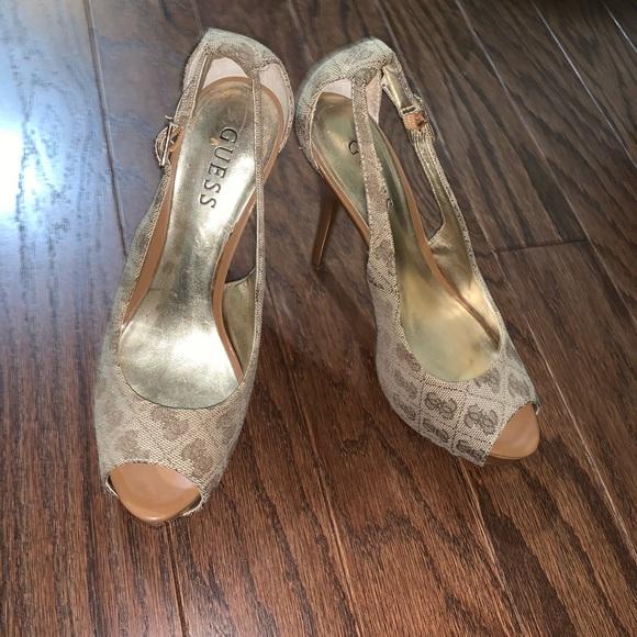 Guess high heel wedges
